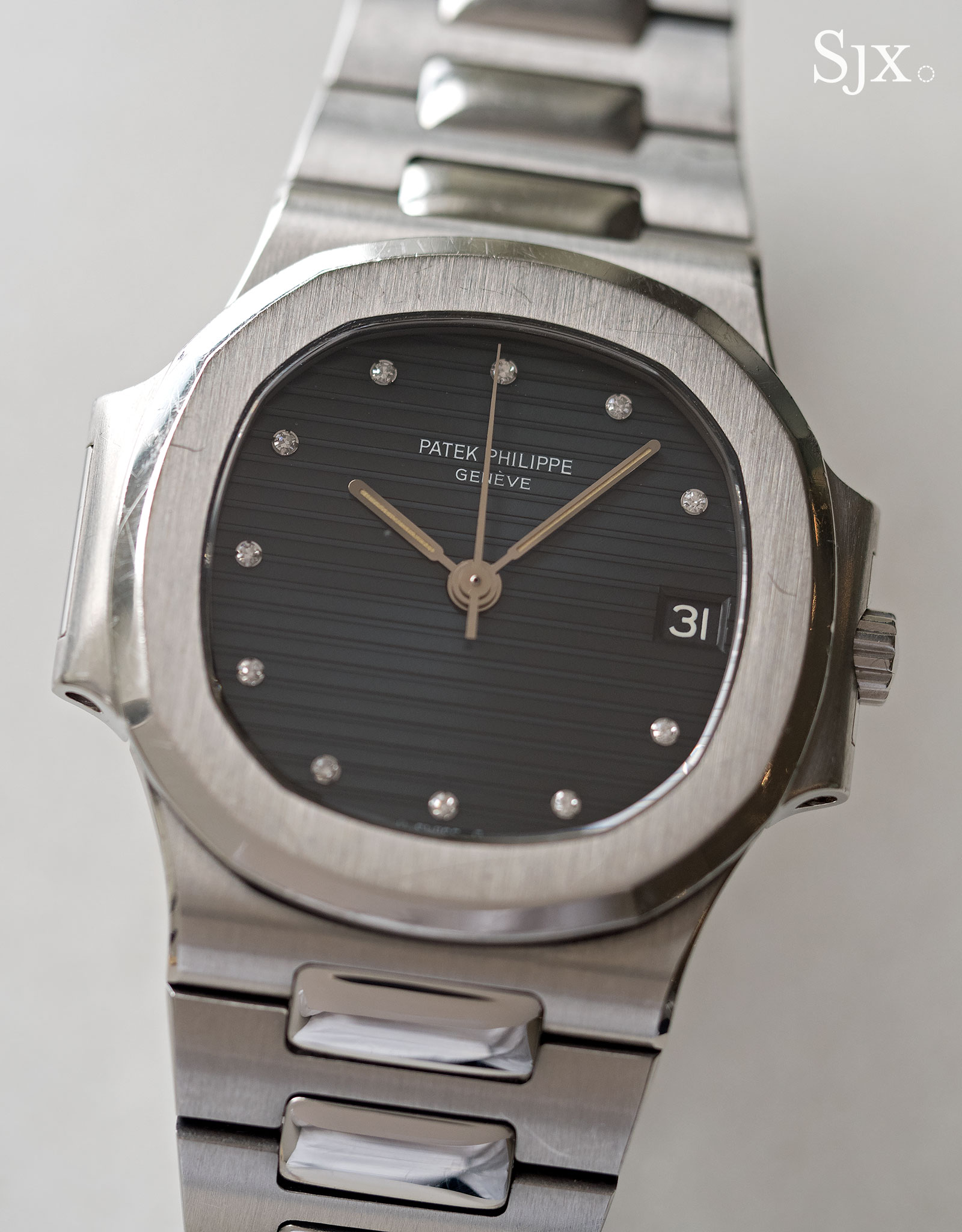 Patek Philippe Nautilus 3800 diamond index 1