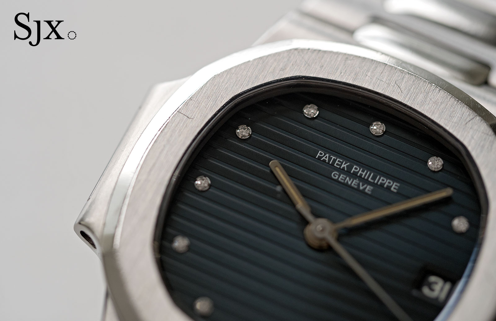 Patek Philippe Nautilus 3800 diamond index 2