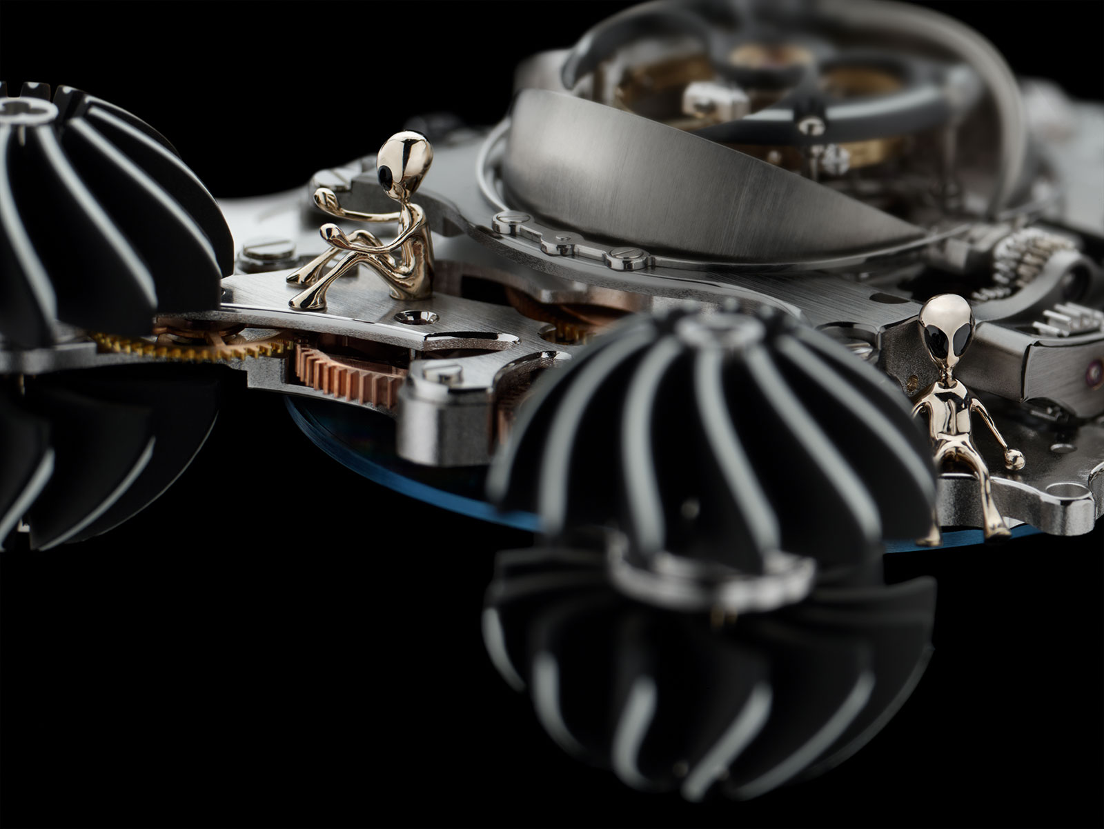 MB&F HM6 Alien Nation 2