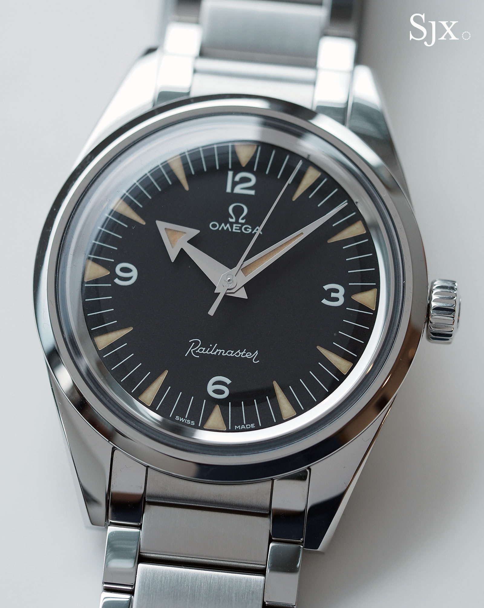 Omega 1957 Trilogy Railmaster 1