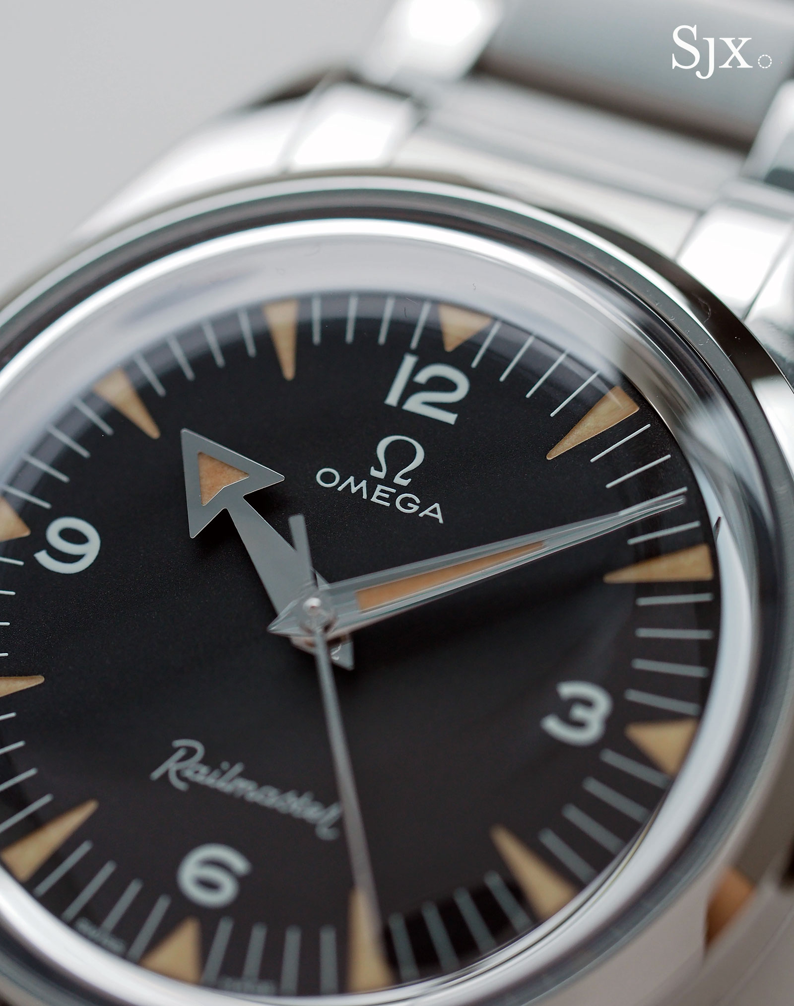 Omega 1957 Trilogy Railmaster 2