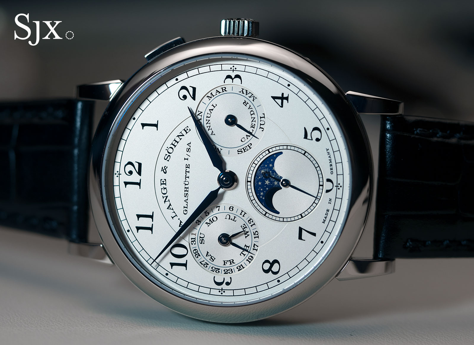 Lange 1815 Annual Calendar white gold 7