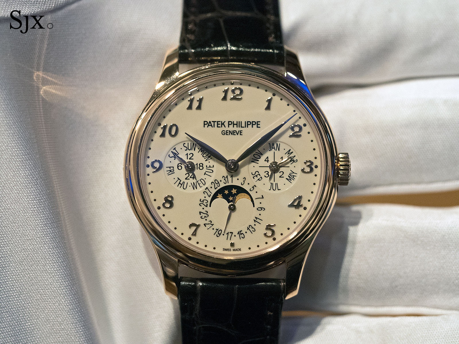 Perpetual Calendar Patek : Measuring eternity three facts to know about the patek