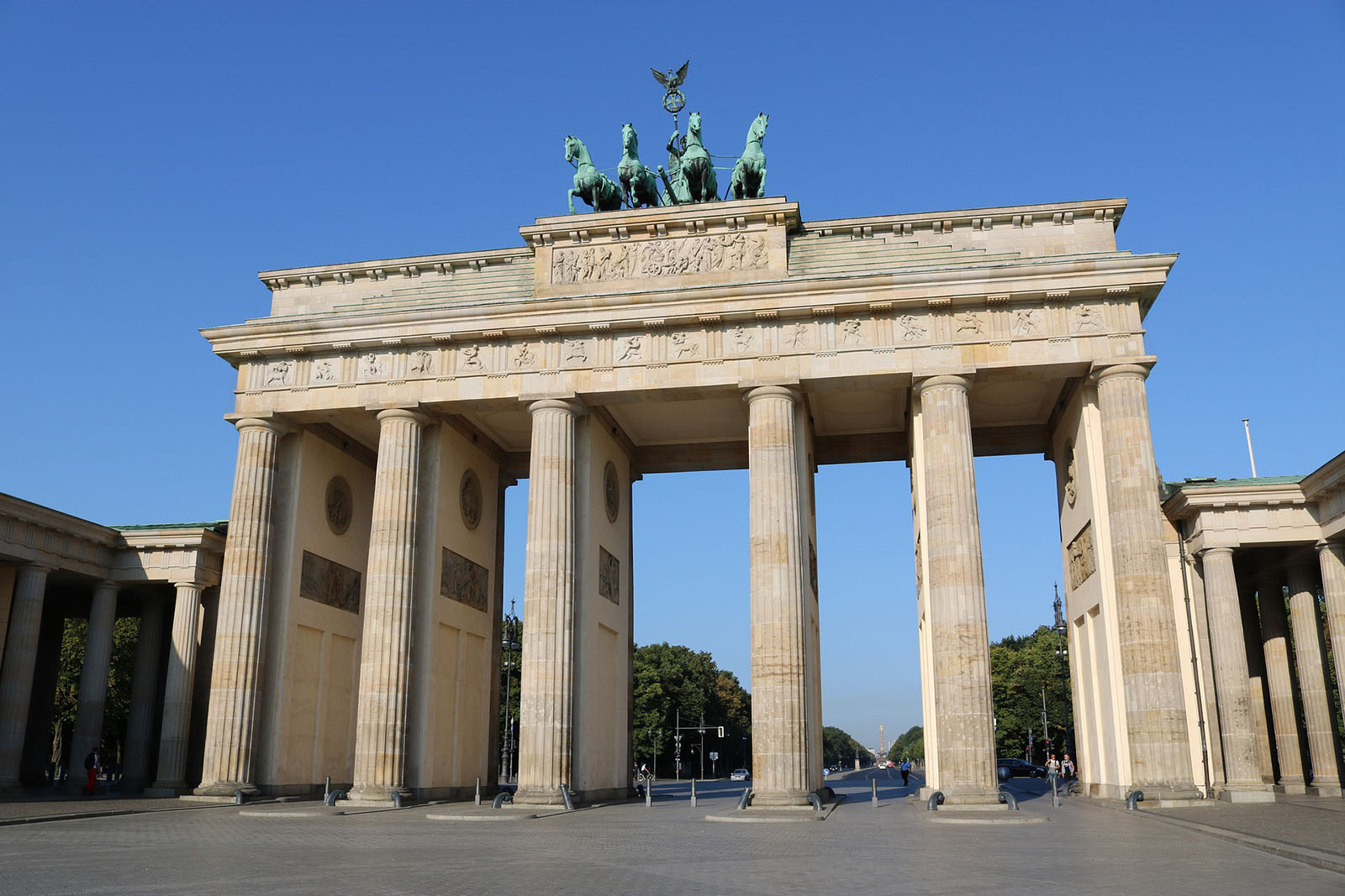 Berlin brandenburg-gate