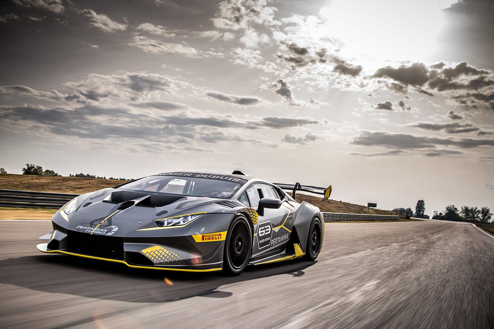 Roger Dubuis Lamborghini Huracan-ST EVO-01