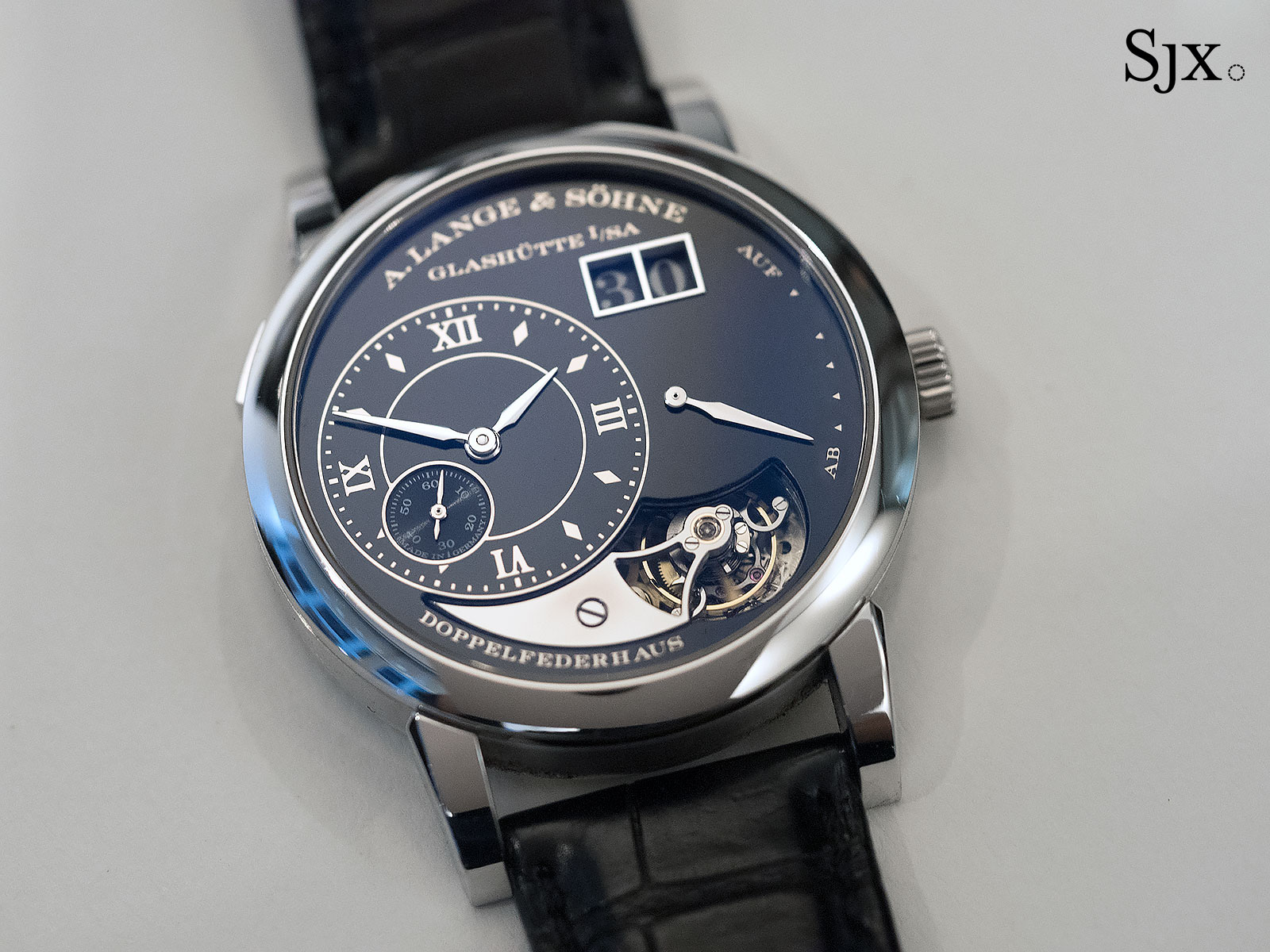 Lange 1 Tourbillon Handwerkskunst Phillips 1