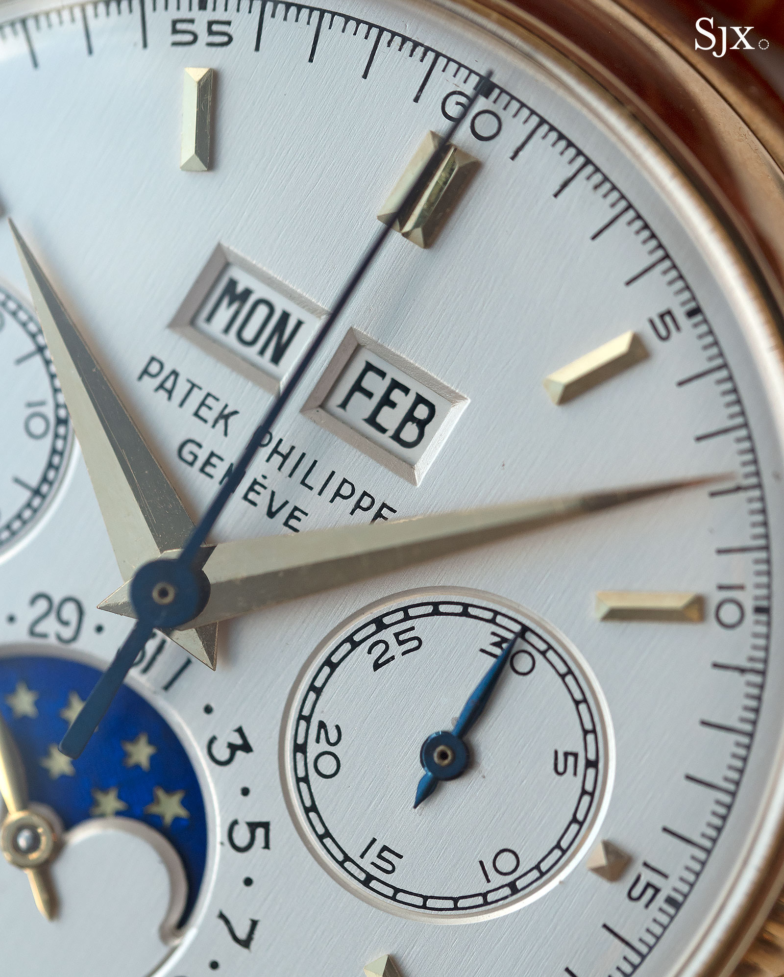 Patek Philippe 2499 third series yellow gold 3