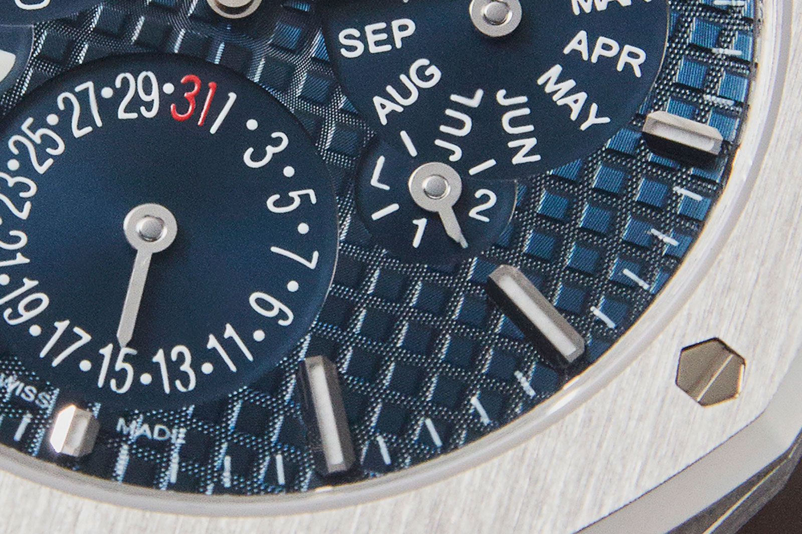 AP Royal Oak #RD2 perpetual calendar 1