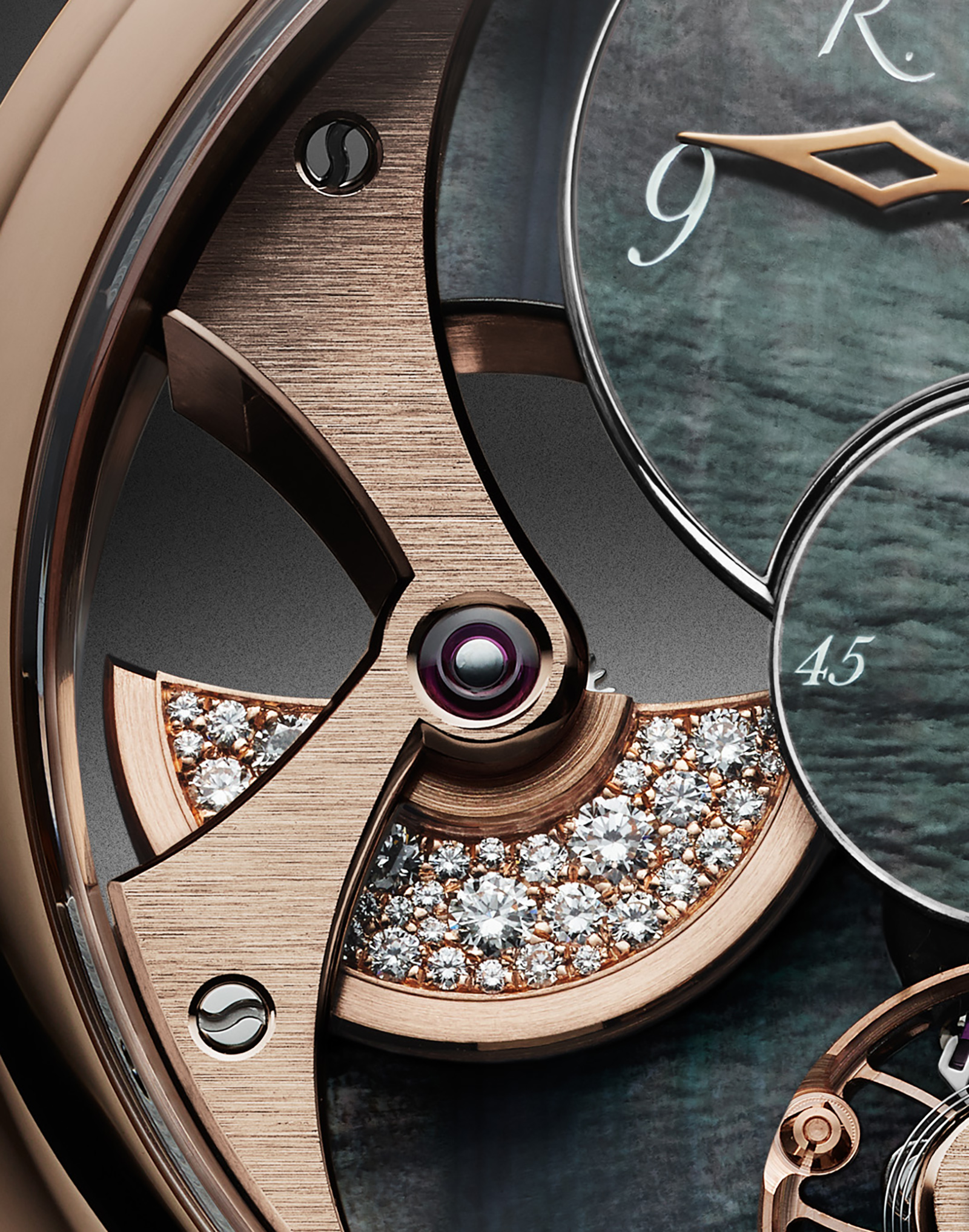 Romain_Gauthier_Insight_Micro-Rotor_Lady_1_red gold_black_dial diamond