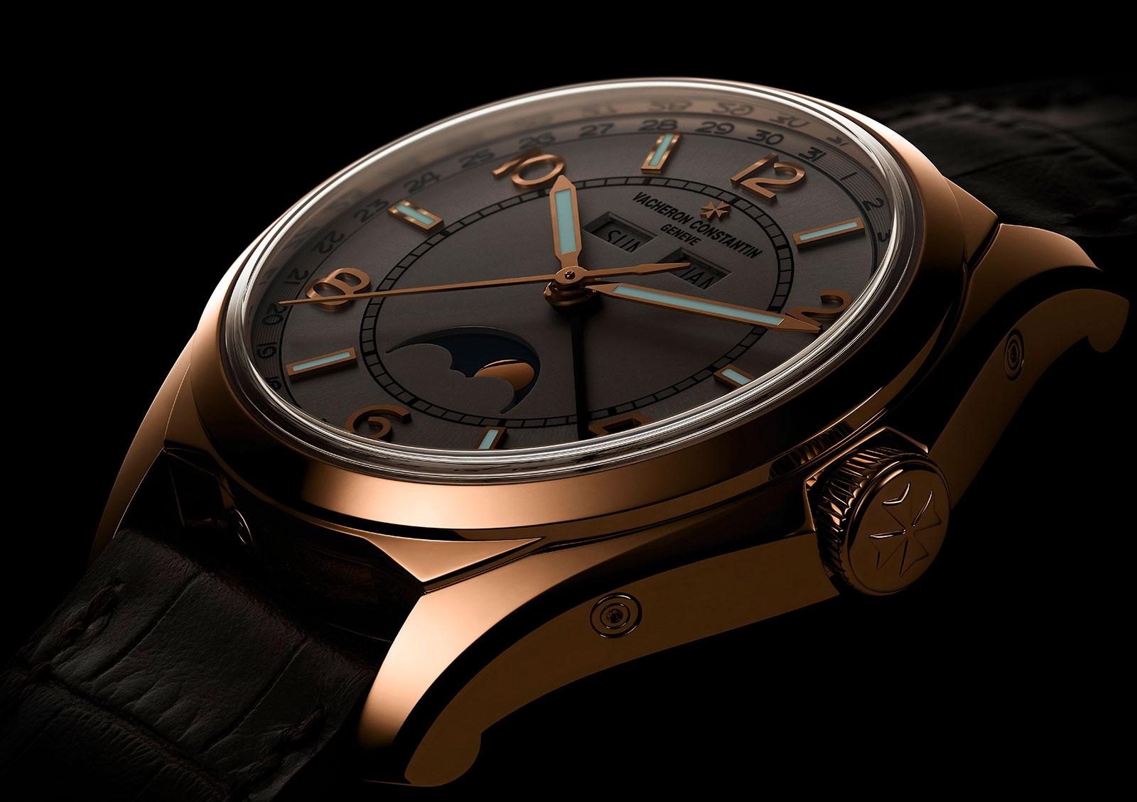 Vacheron Constantin FiftySix complete calendar gold