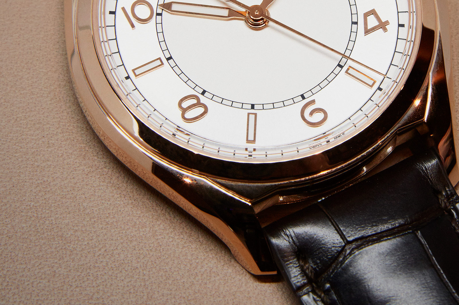Vacheron Constantin Fiftysix Self-Winding gold dial