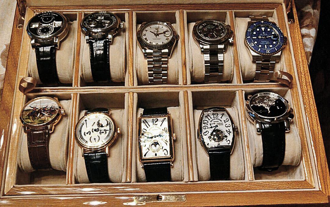 Aleksandr-Khoroshavin-watch-collection-3