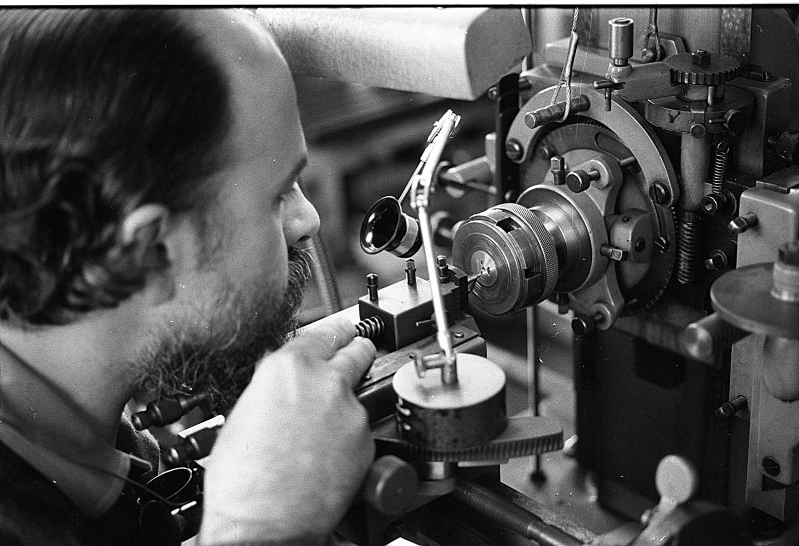 Derek Pratt - Engine Turning Machine