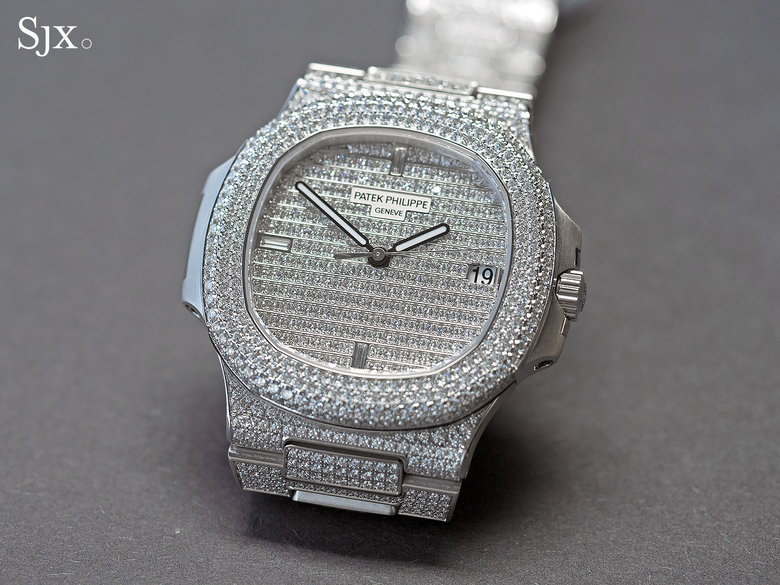 Patek Nautilus diamonds ref. 5719