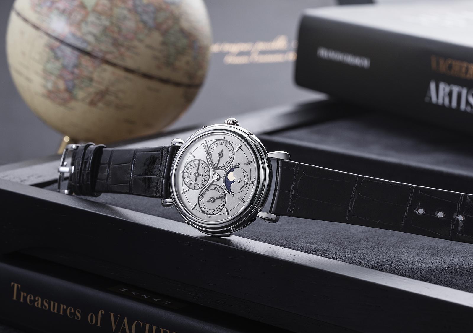 Les Collectionneurs timepiece