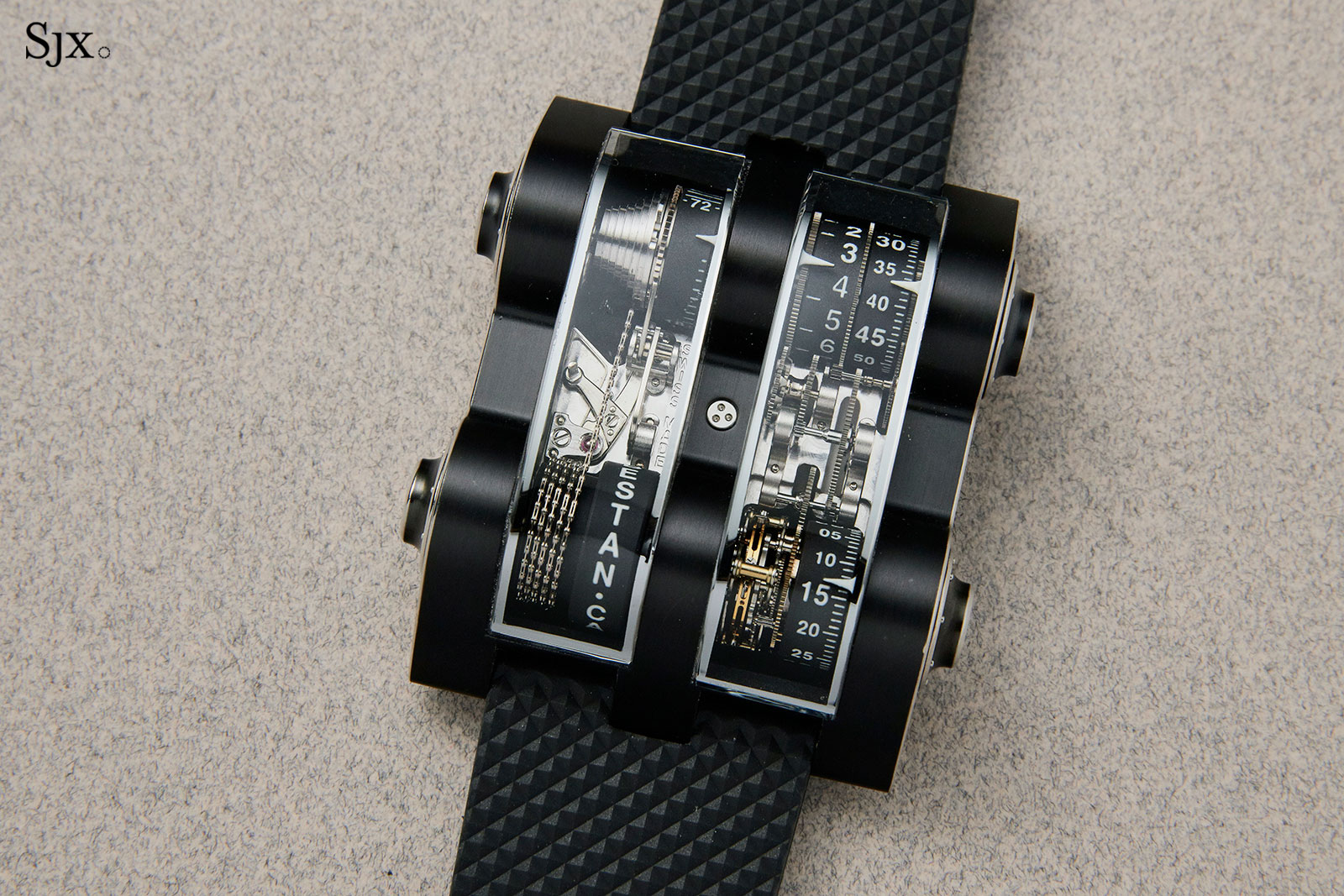 Cabestan vertical tourbillon Phillips 2