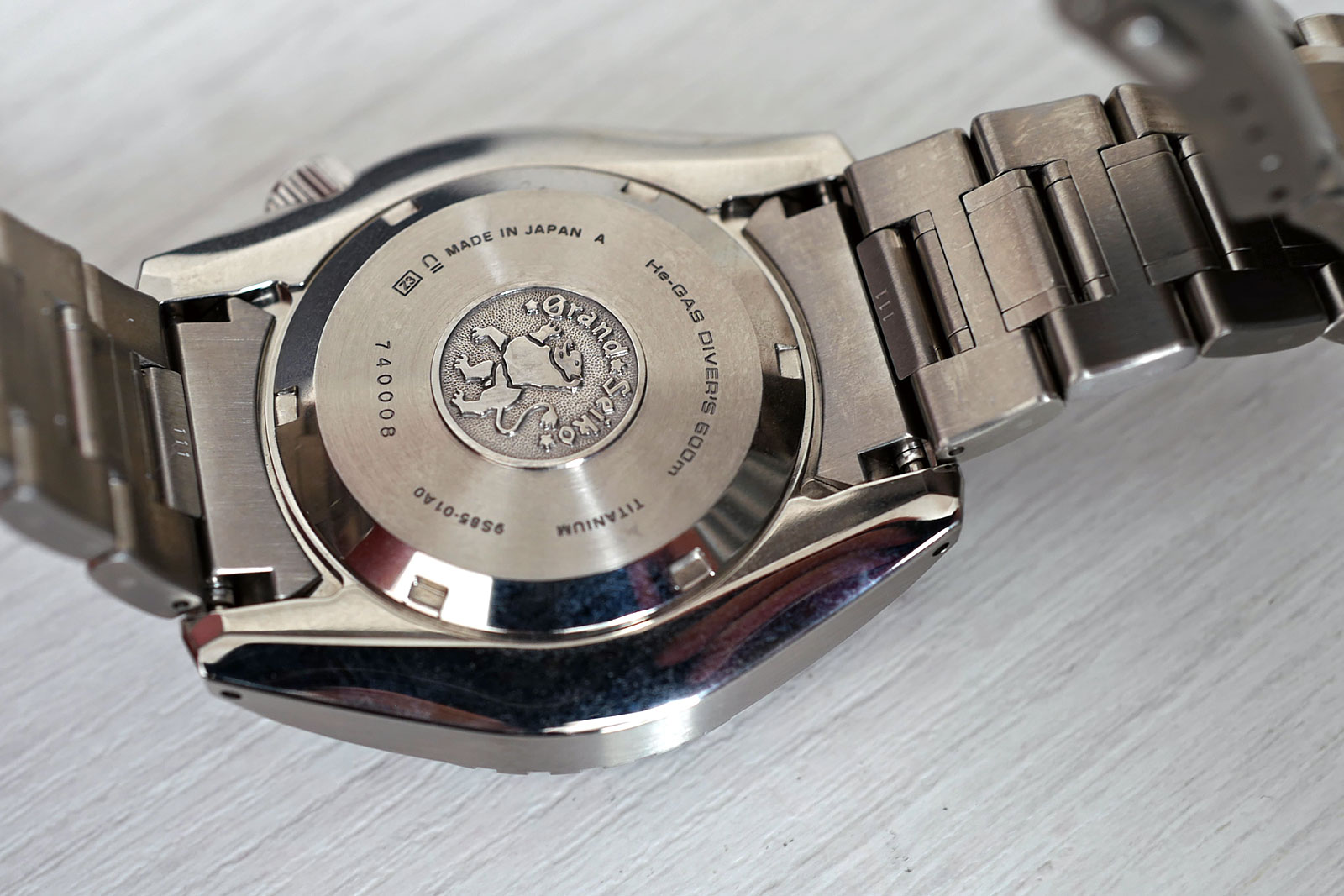 Grand Seiko Hi-Beat Diver SBGH255G review 13