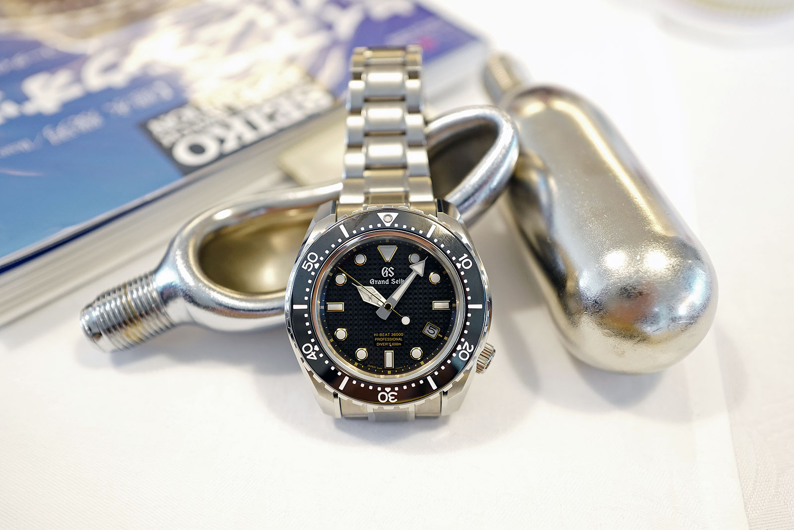 Grand Seiko Hi-Beat Diver SBGH255G review 7