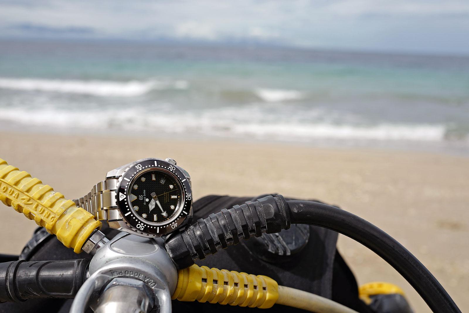 Grand Seiko Hi-Beat Diver SBGH255G review 9
