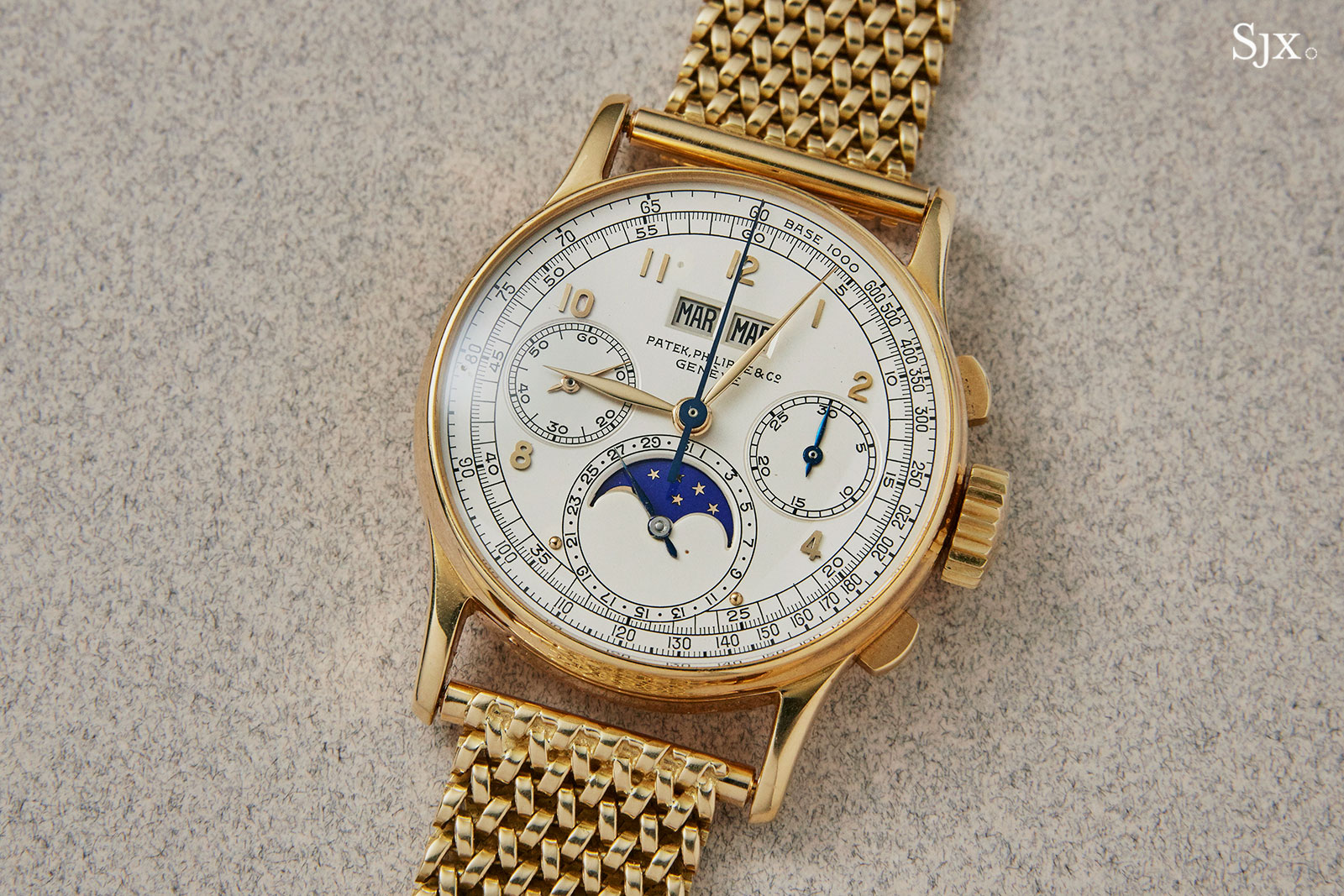 Patek 1518 yellow gold phillips HK 2