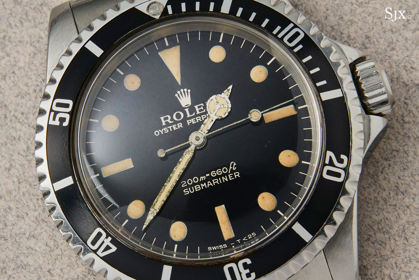 Rolex Submariner 5513 glossy dial 1