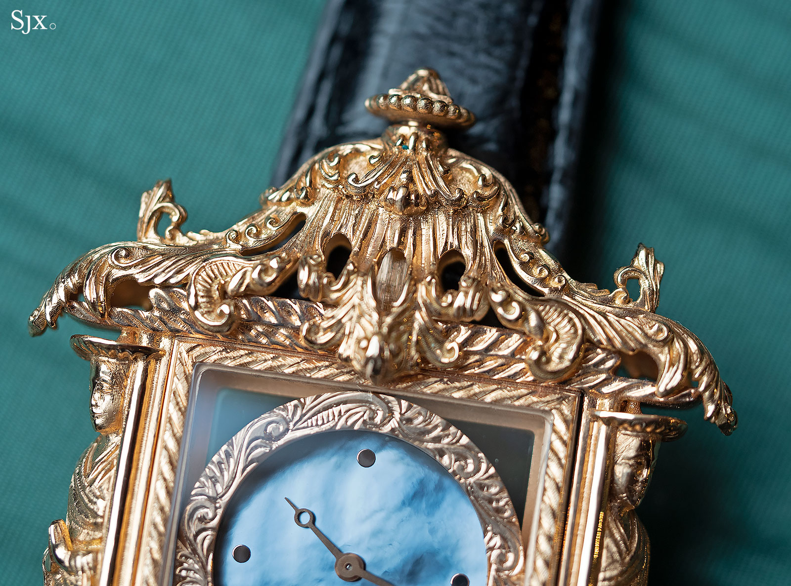 Dolce Gabbana Alta Orologeria Qilin watch 3