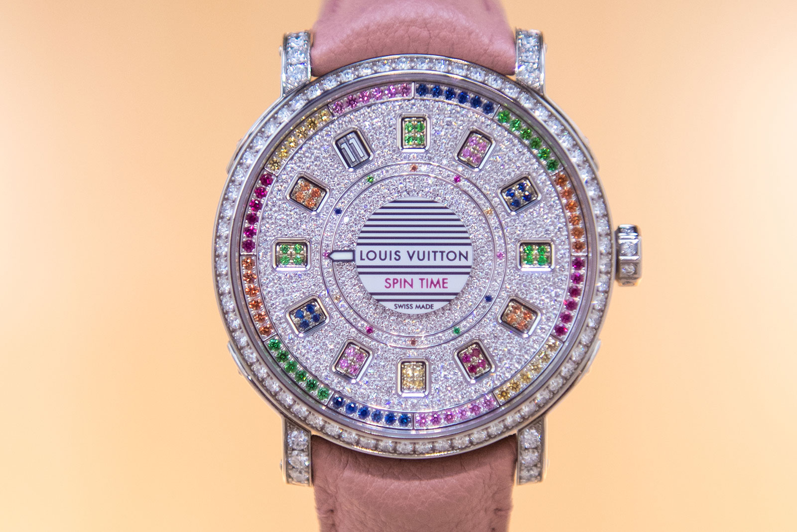 Louis Vuitton Escale-Spin-Time rainbow sapphires