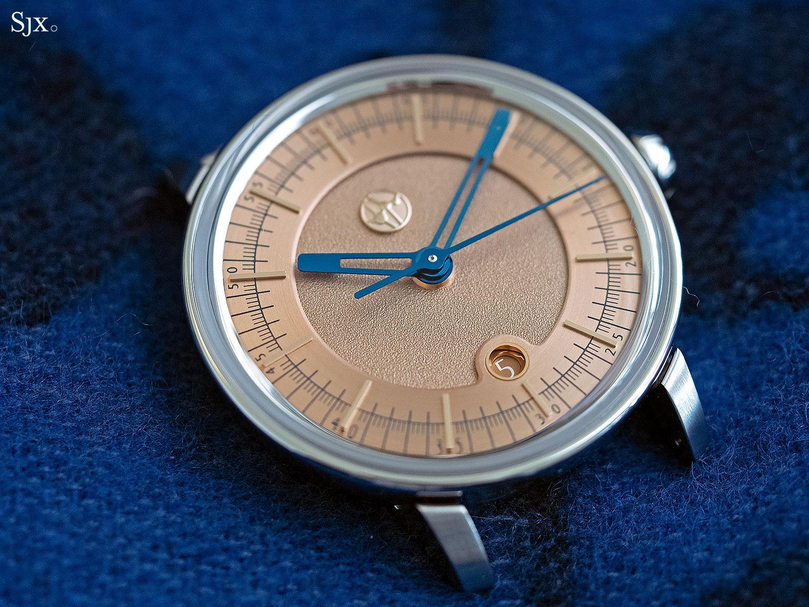 Lundis Bleus 1100-08 watch 1