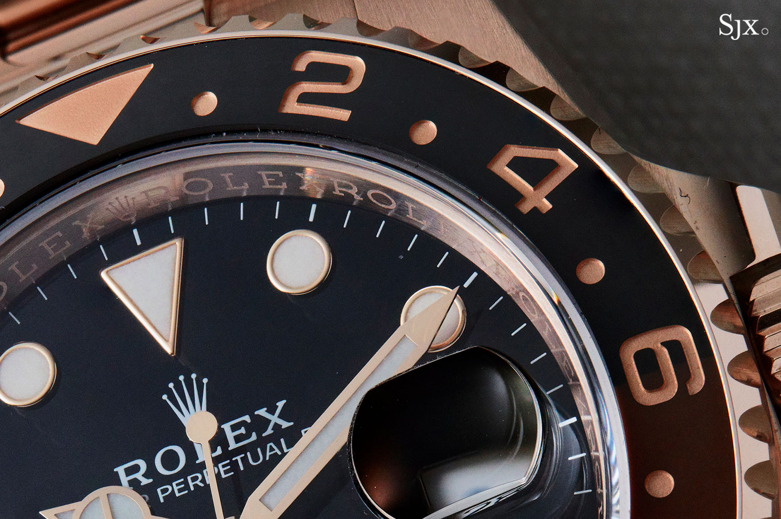 Rolex GMT-Master II 126715 CHNR 2