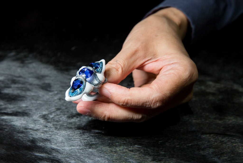 Wallace Chan porcelain ring