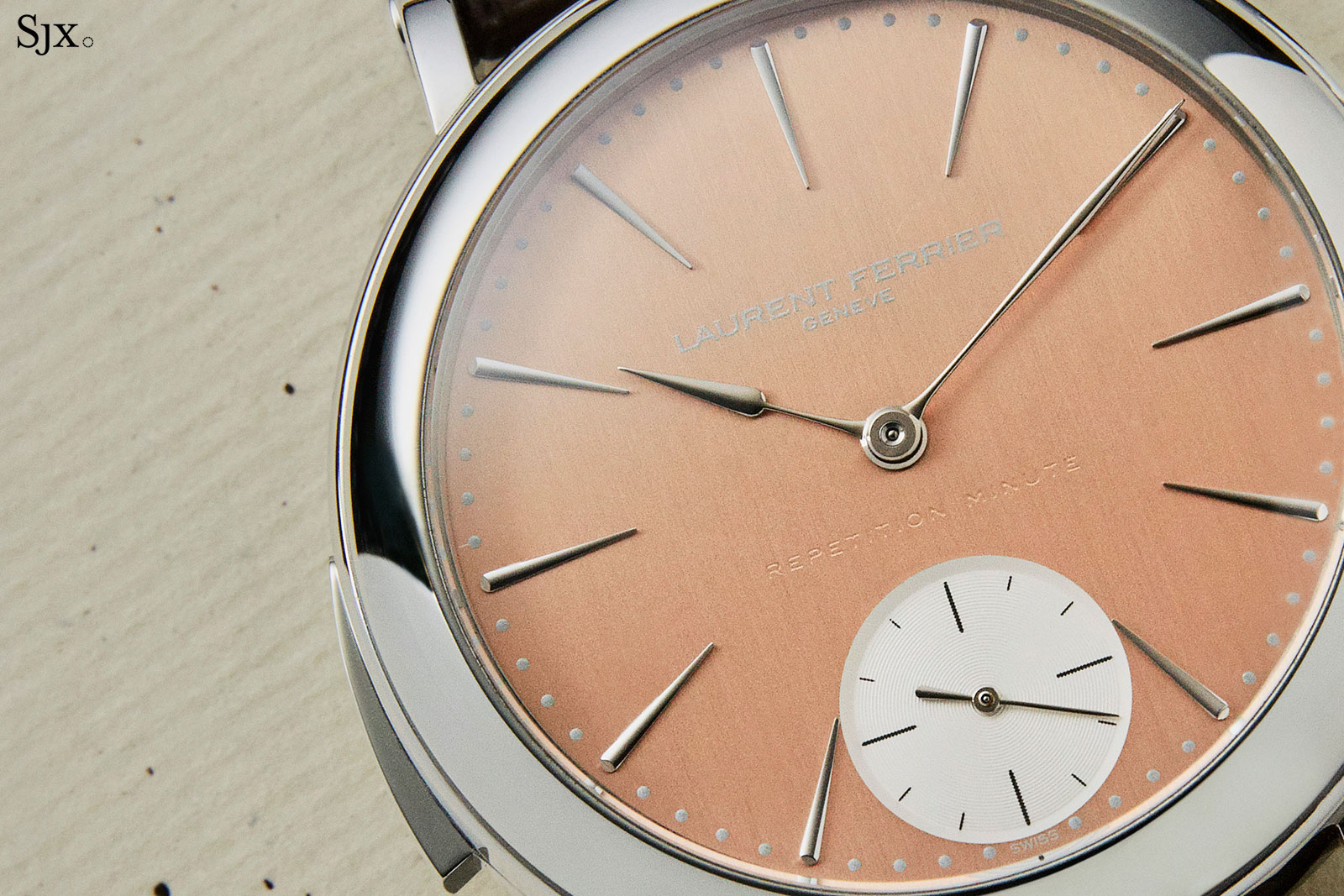Laurent-Ferrier-Galet-Minute-Repeater-5-1