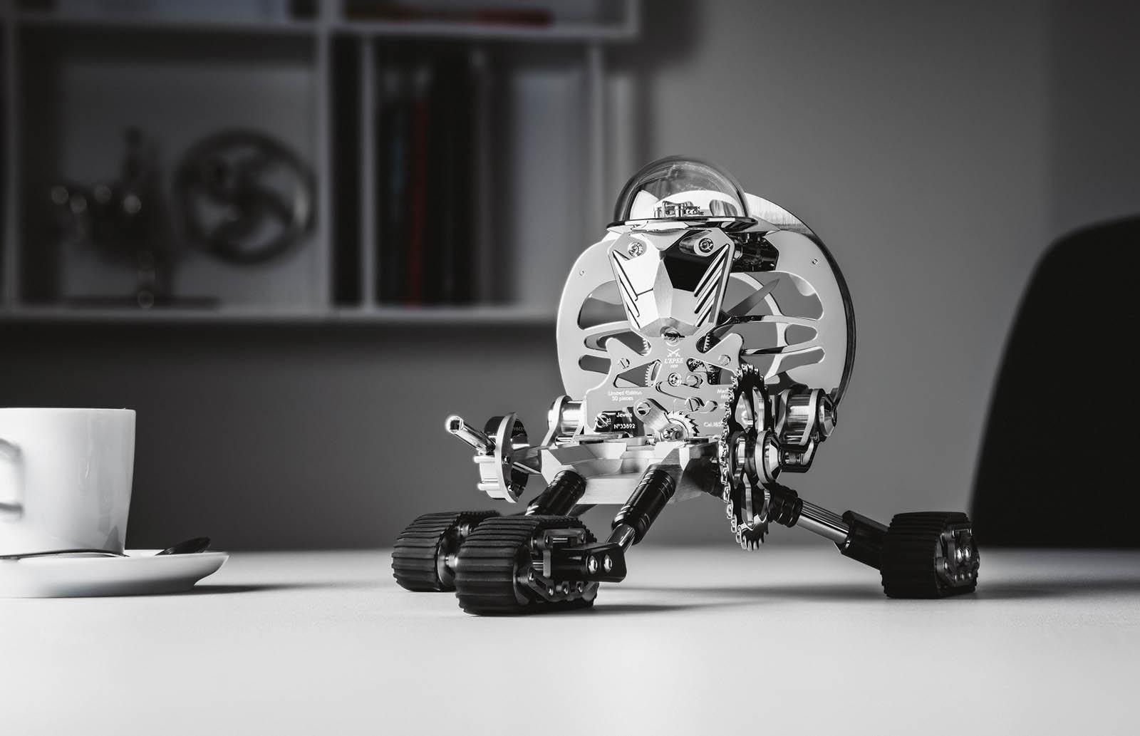 MB&F Grant Robot