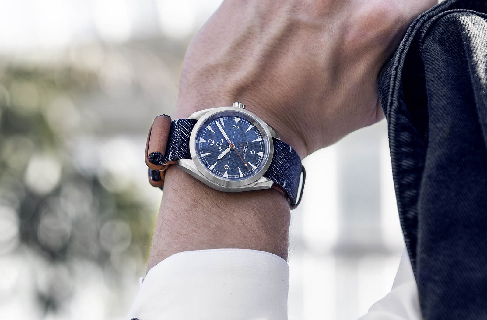Omega Railmaster 'Denim' Co-Axial Master Chronometer 4