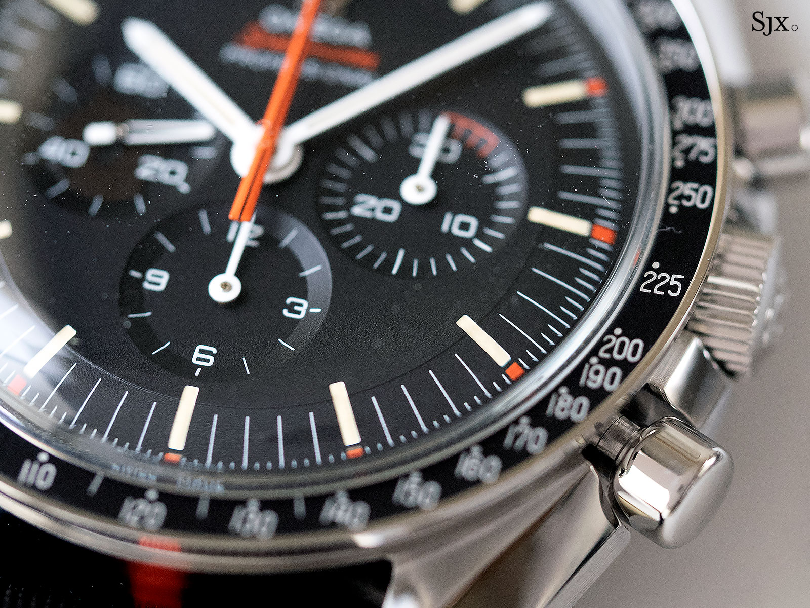 Omega Speedmaster Speedy Tuesday Ultraman 1