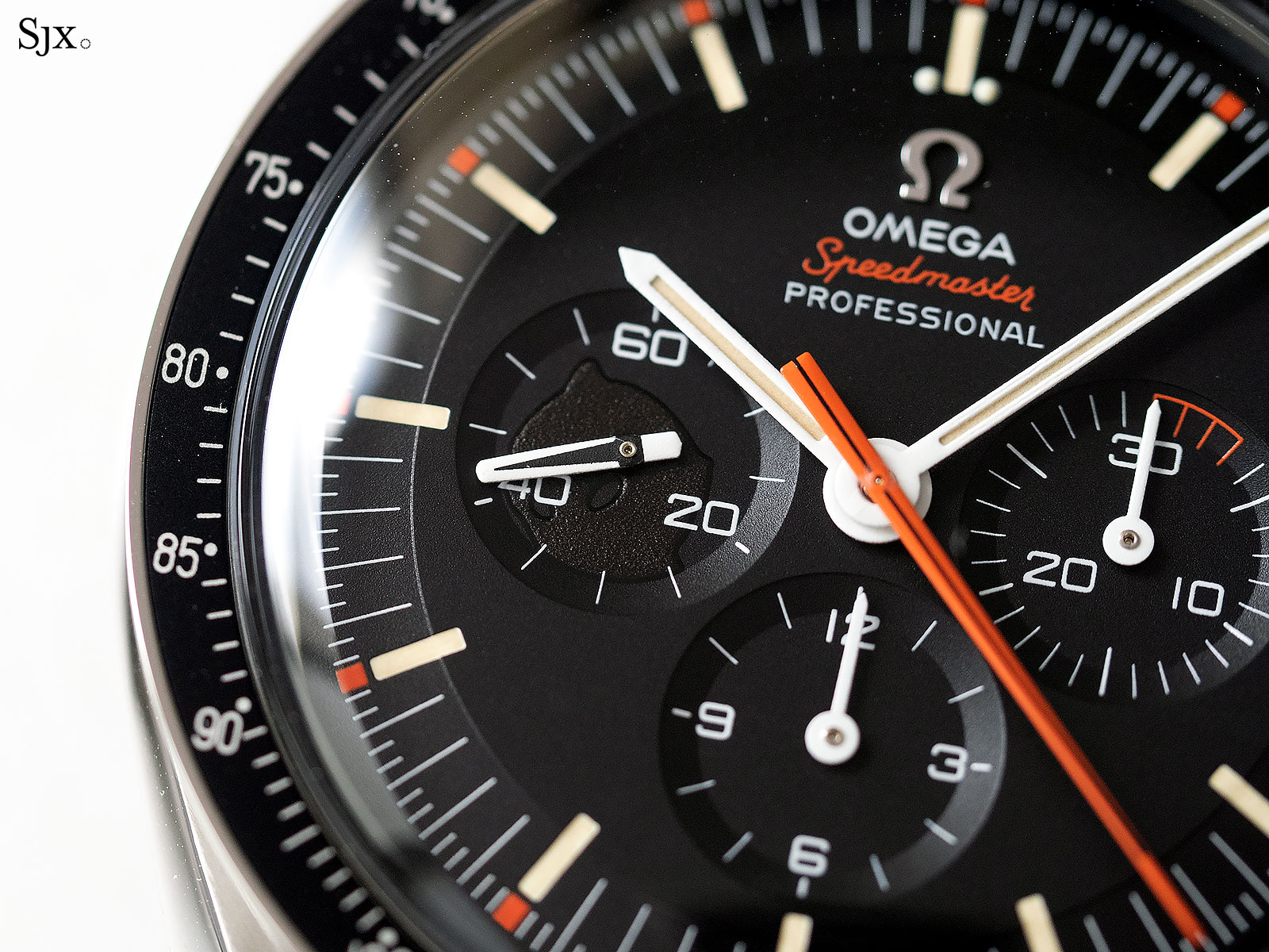 Omega Speedmaster Speedy Tuesday Ultraman 9