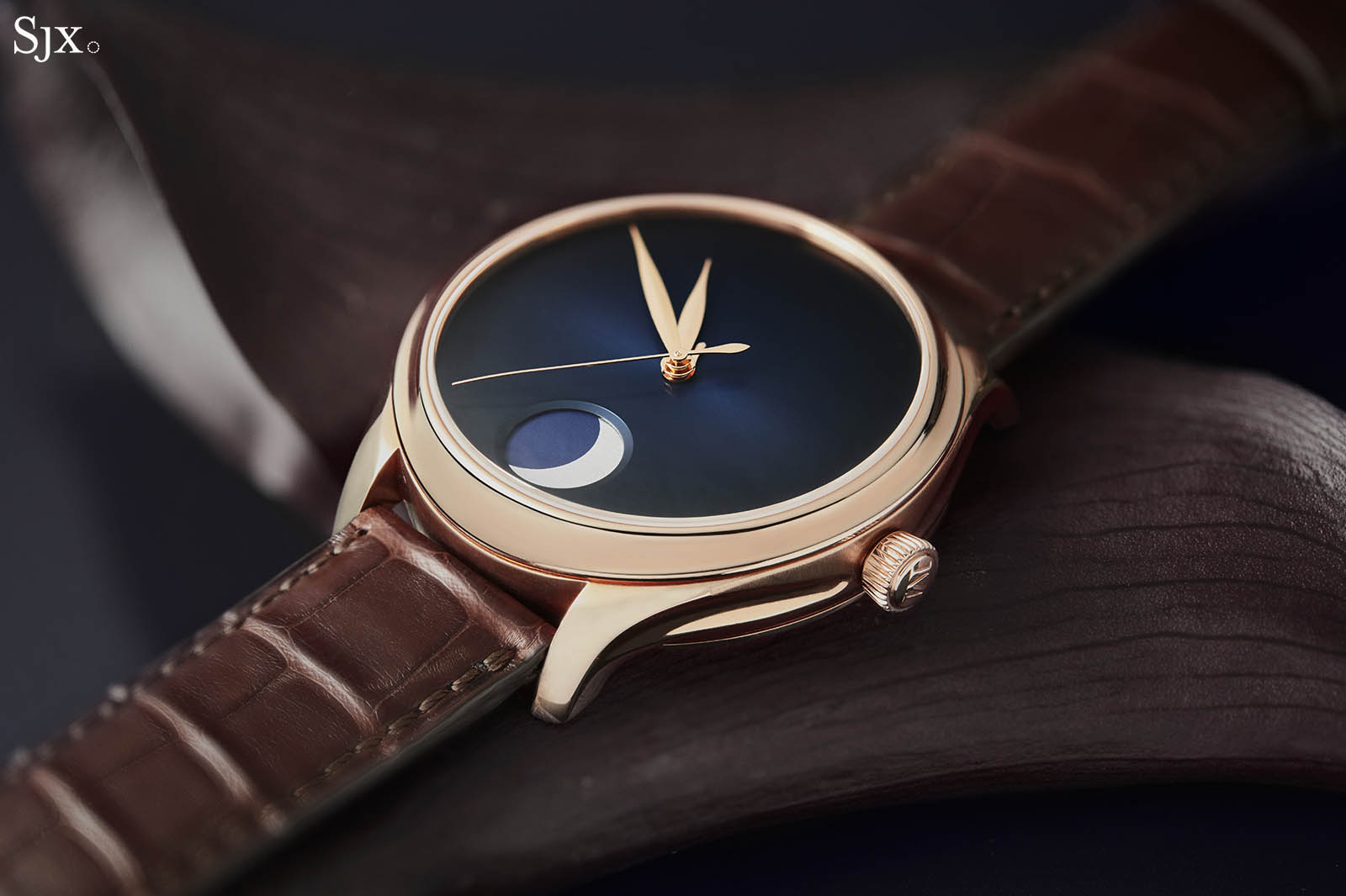 H. Moser & Cie. Endeavour Perpetual Moon Concept 2