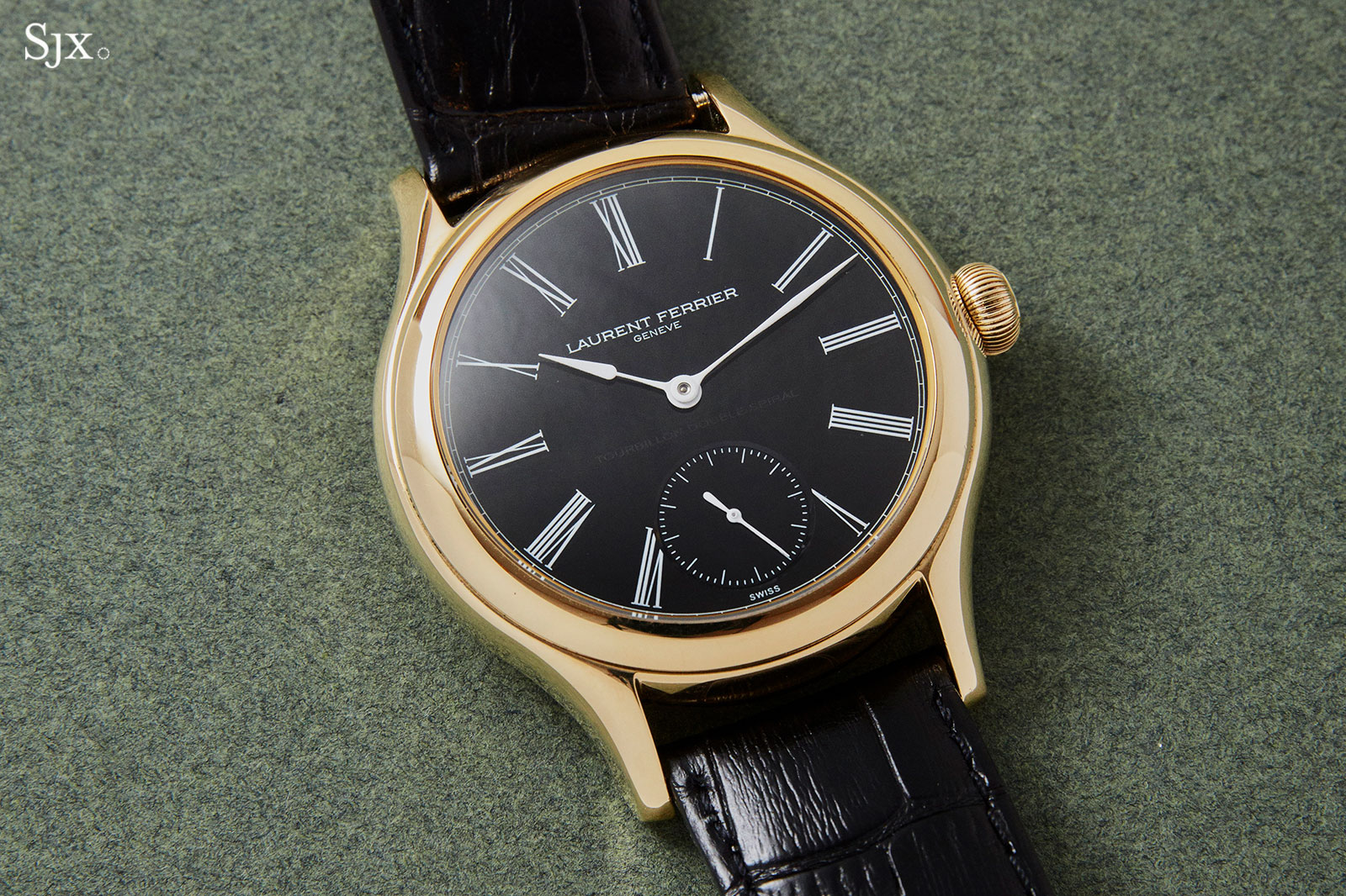 Laurent Ferrier Galet Tourbillon Onyx dial 2
