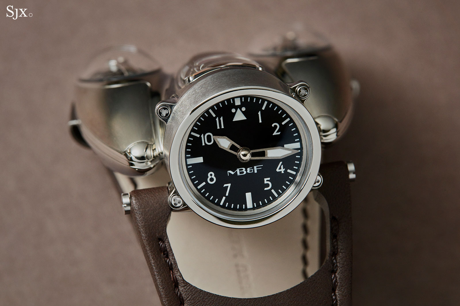 MB F HM9 Flow Air watch 4