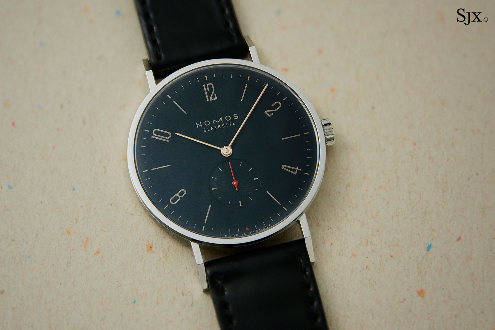 Nomos Tangente Red Dot Singapore blue 1