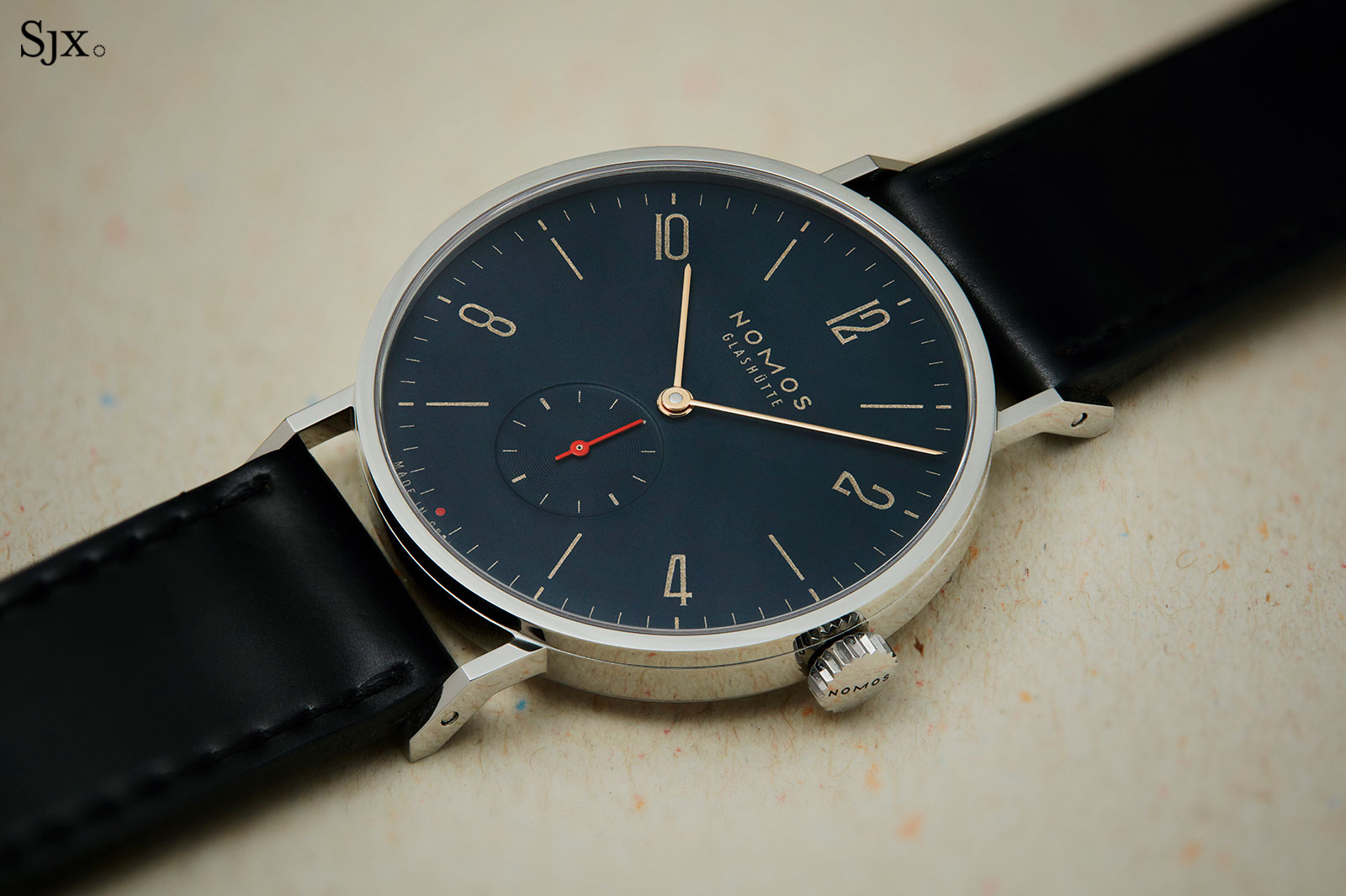 Nomos Tangente Red Dot Singapore blue 4