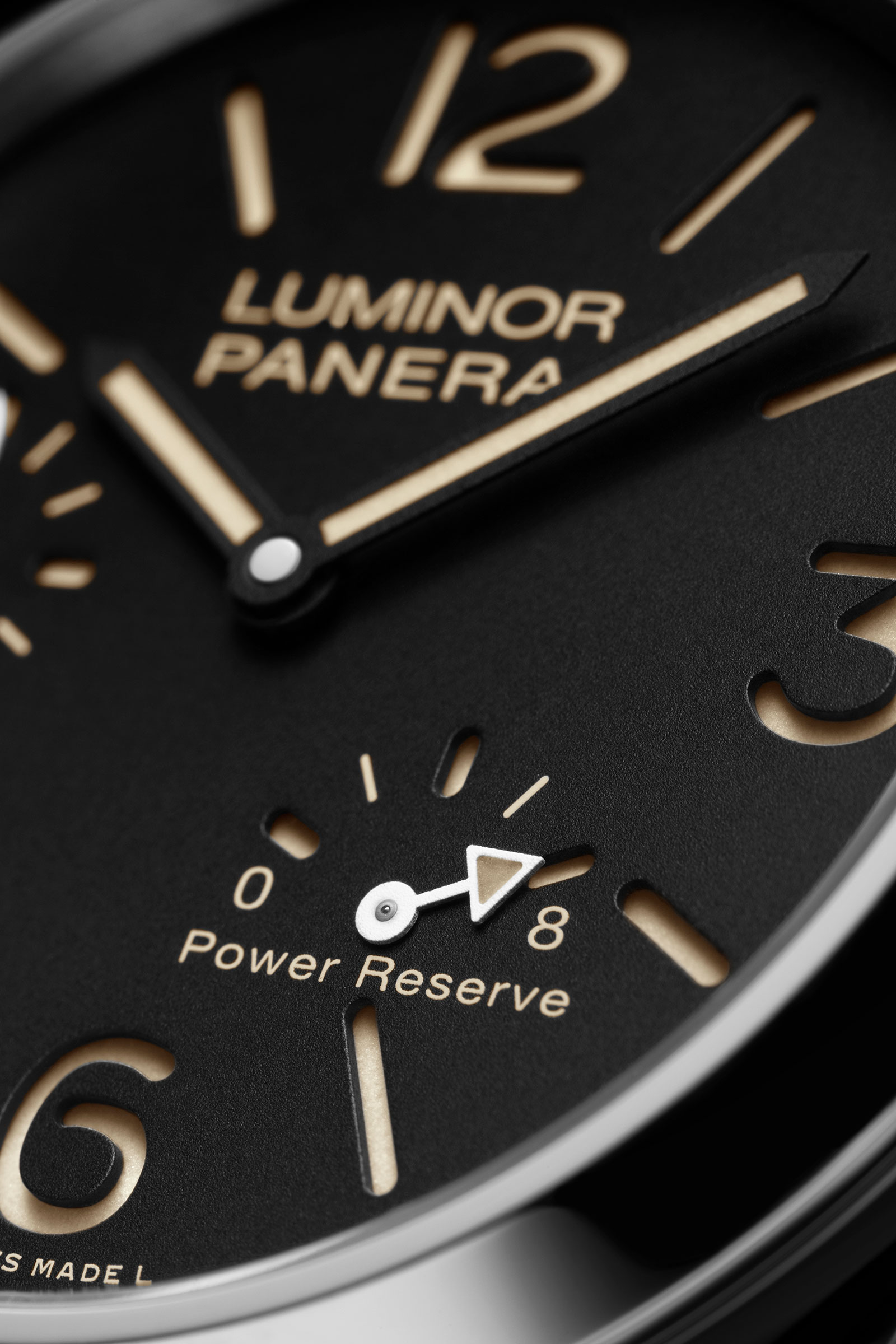 Panerai Luminor 8 Days Power Reserve PAM795