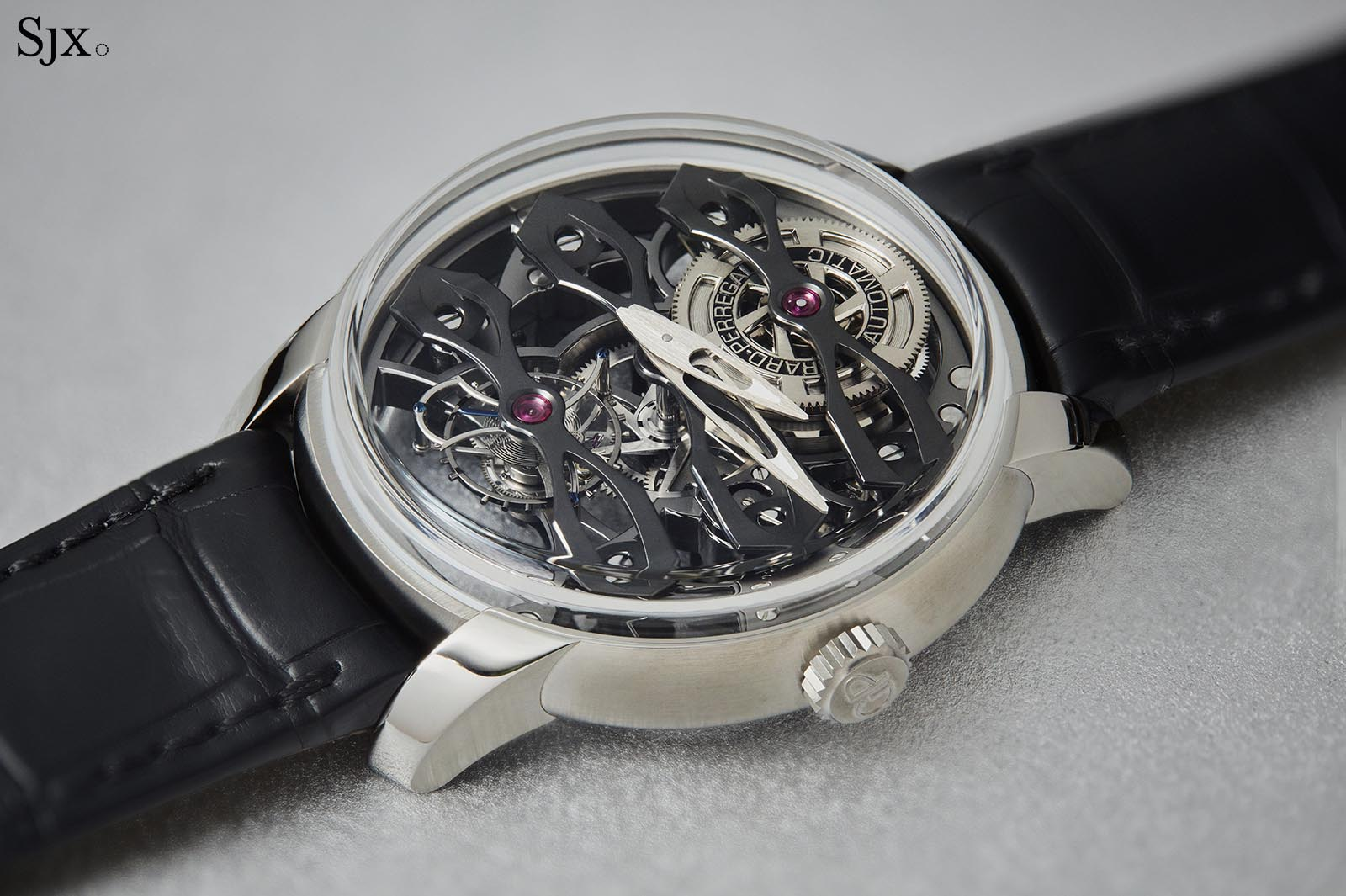 Girard Perregaux Neo-Tourbillon With Three Bridges Skeleton