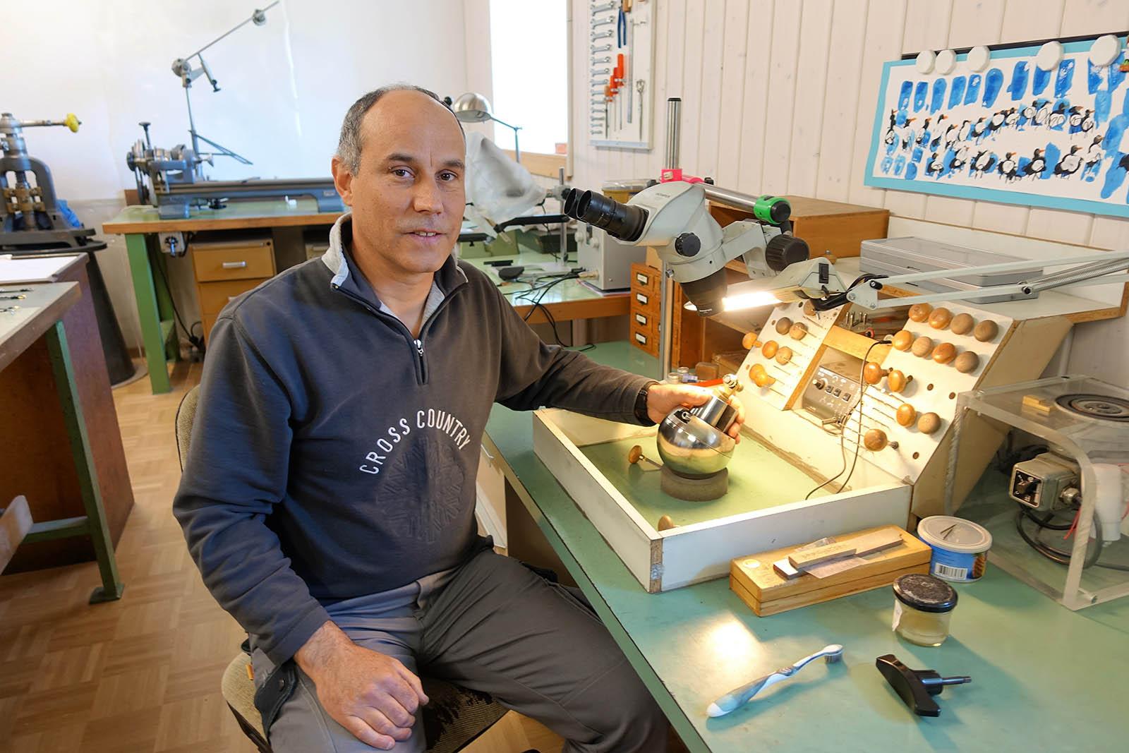 KHWCC-casemaker Jean-Luc Mora