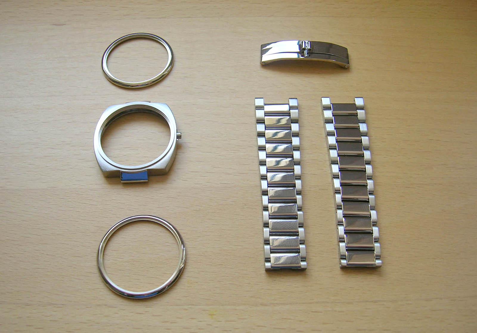 KHWCC white gold case and bracelet