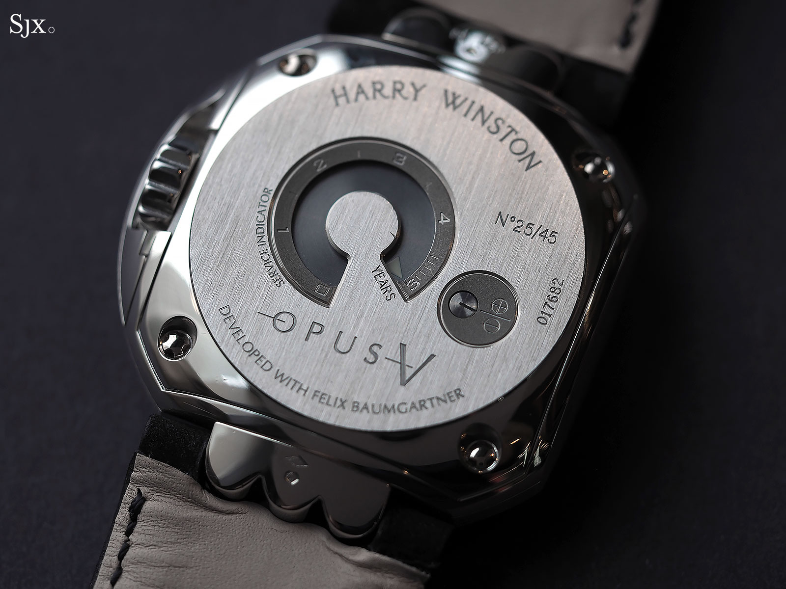 Harry Winston Opus V platinum 6
