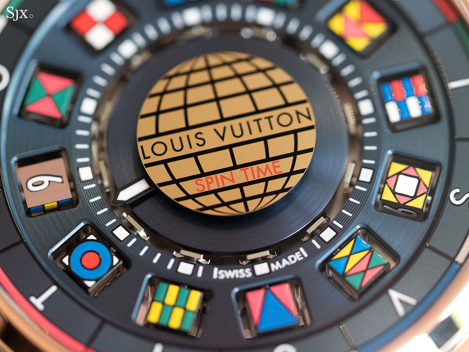 Louis Vuitton Escale Spin Time titanium gold 4