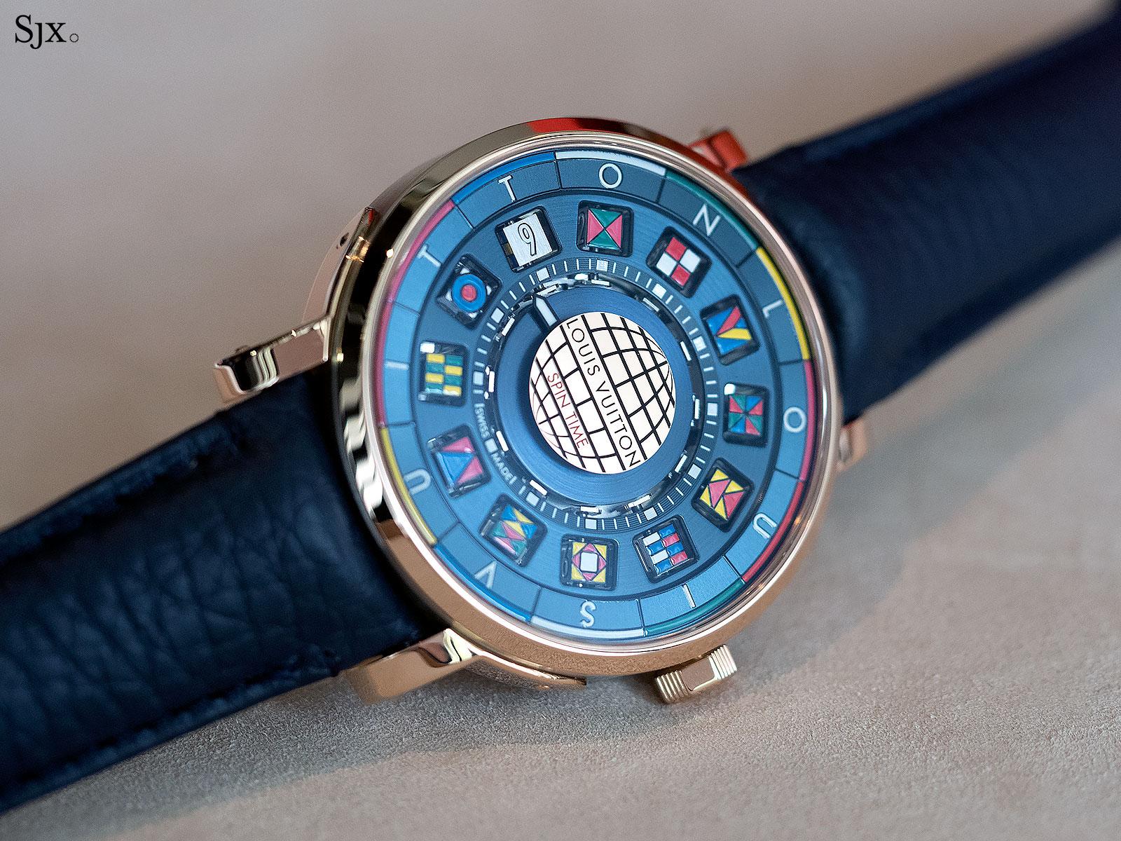 Louis Vuitton Escale Spin Time titanium gold 7