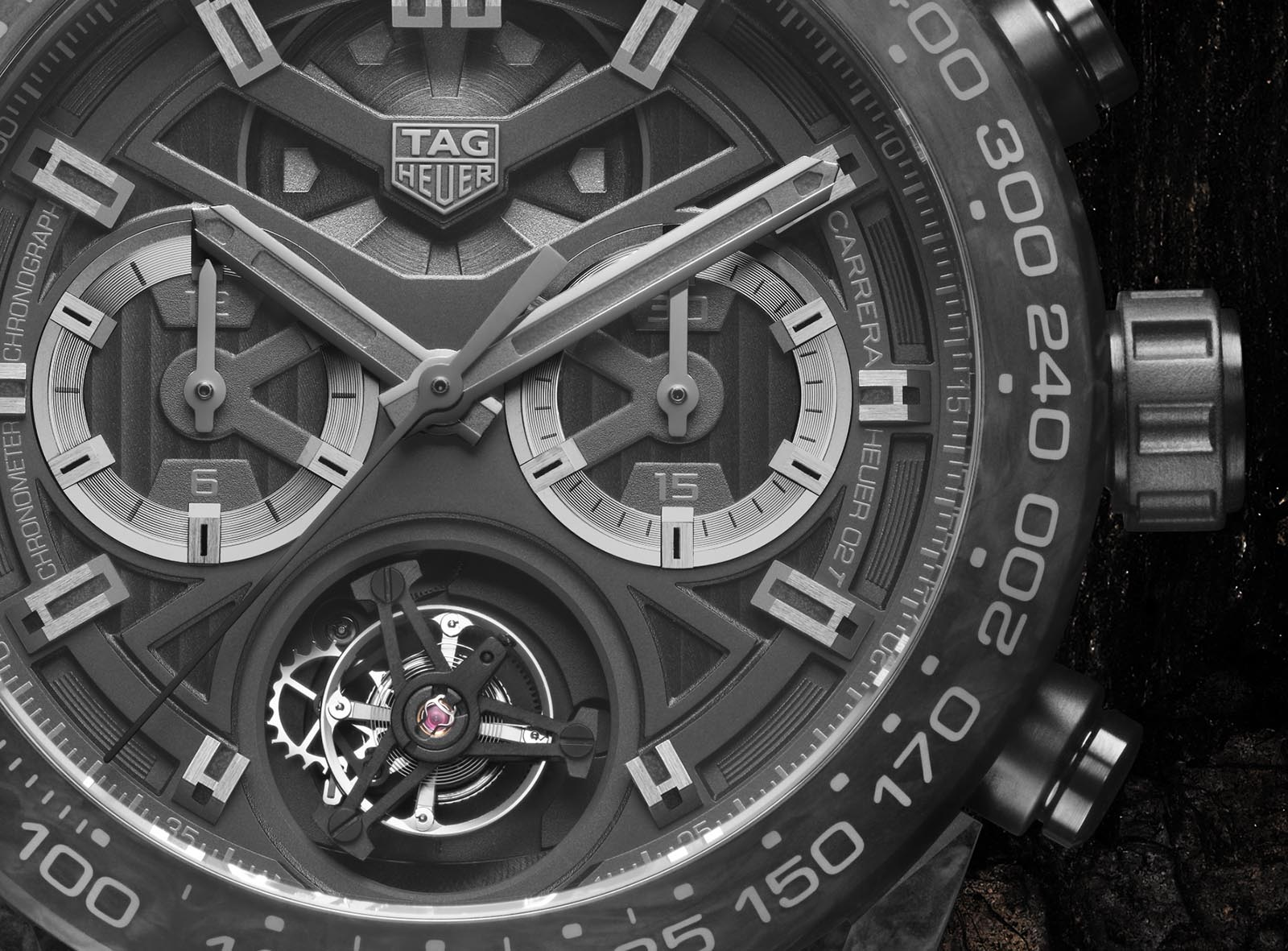 TAG Heuer Carrera Carbon Collection 9