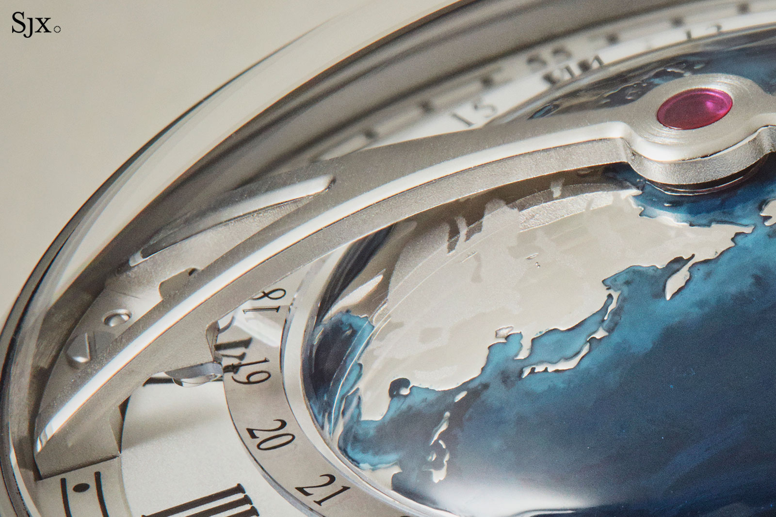 Arnold son globetrotter world time 3