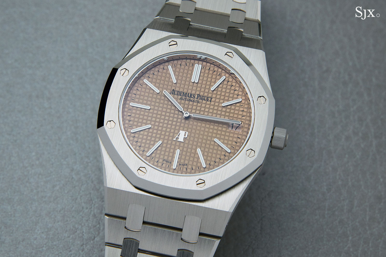 Audemars Piguet Royal Oak Salmon white gold 15202BC 02